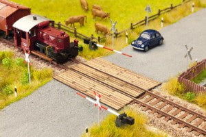 Noch 14624 N Gauge Wooden Plank Crossing Laser Cut Minis Kit