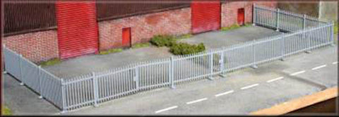 Knightwing PM121 OO Gauge Security Fencing & Gates Plastic Kit