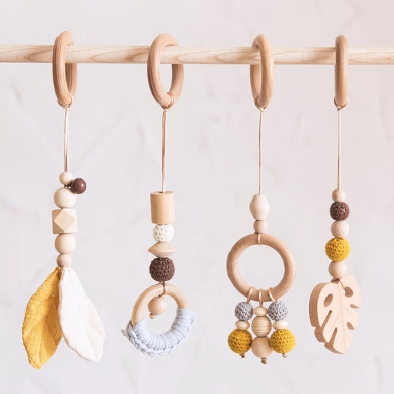 Wooden Teether Leaf Gym Rattle Toy - My Urban One