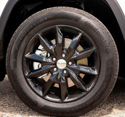 "18"" Black 10-Spoke Altitude Wheel by Mopar ('14-'19 Grand Cherokee WK2)"