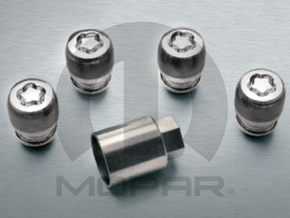 Mopar Jeep Cherokee/Compass Wheel Locks ('14-'19 Cherokee KL and '17-'19 Compass MP) - Jeep World