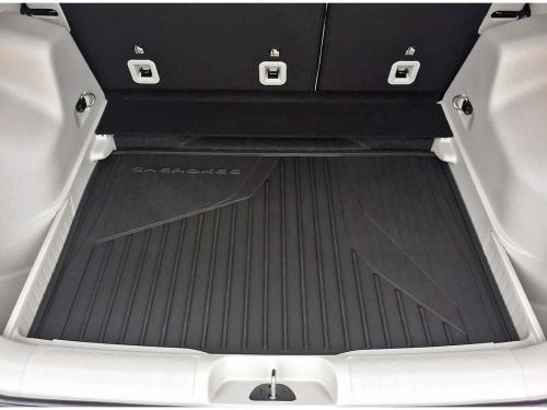 All-Weather Slush Mats and Cargo Liner by Mopar ('15 -'20 Cherokee KL)