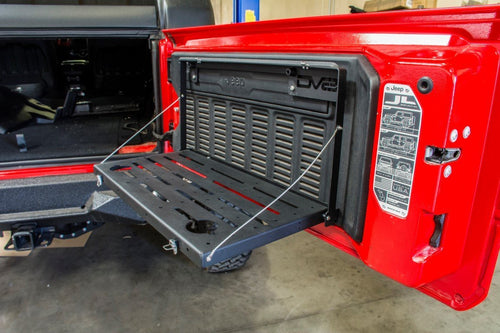 Folding Trail Table by DV8 Offroad (18+ Wrangler JL)