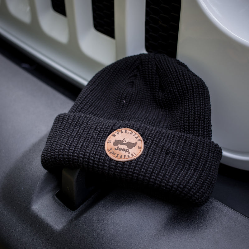Leather Patch Black Cable Knit Cap