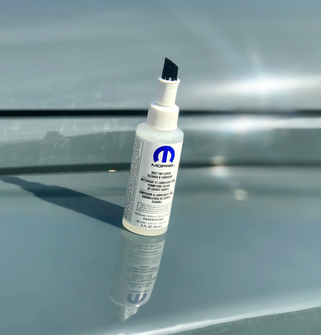 Soft Top Zipper Cleaner & Lubricant by Mopar (Universal)