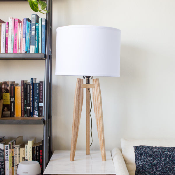 Modern Tripod Table Lamp in Solid Hardwood - Object Modern