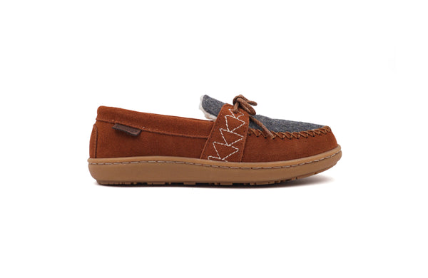 Women's Lakehouse Moc Slippers <br> Caramel Café
