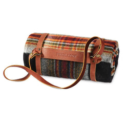 Motor-Robe with Leather Carrier  Acadia Plaid