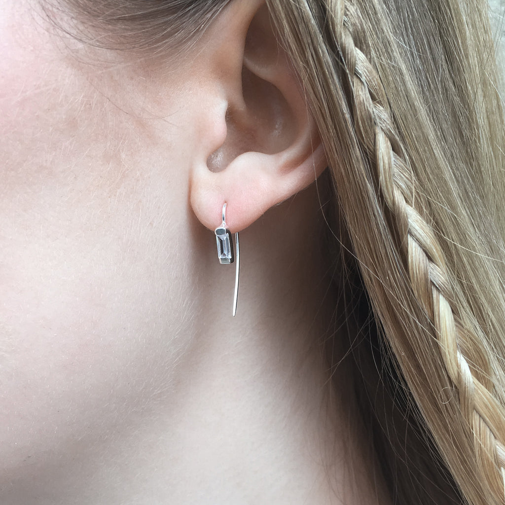 BARCELONA, Vicens Pin Earring