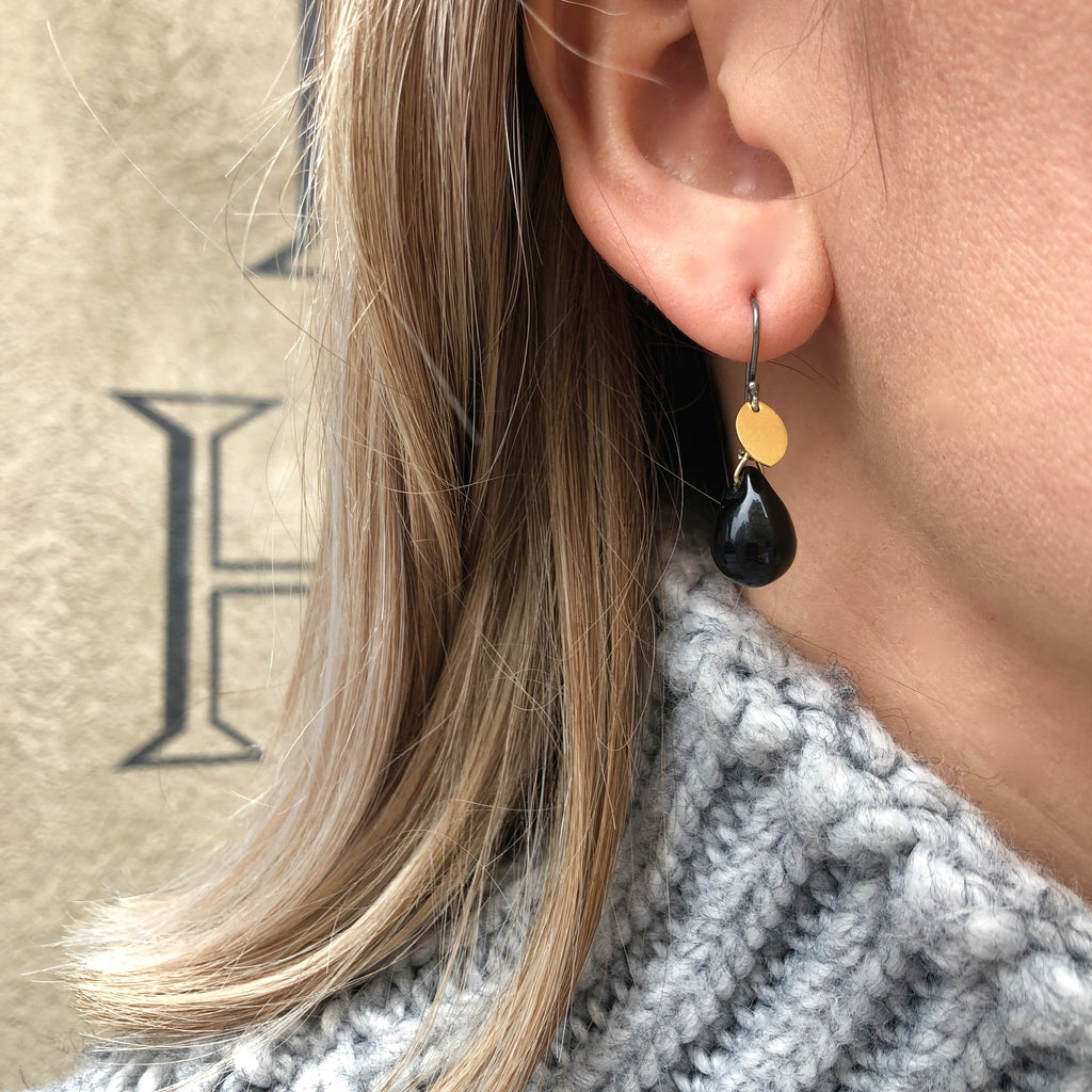 DROPS DELIGHT, Black Drop Earrings