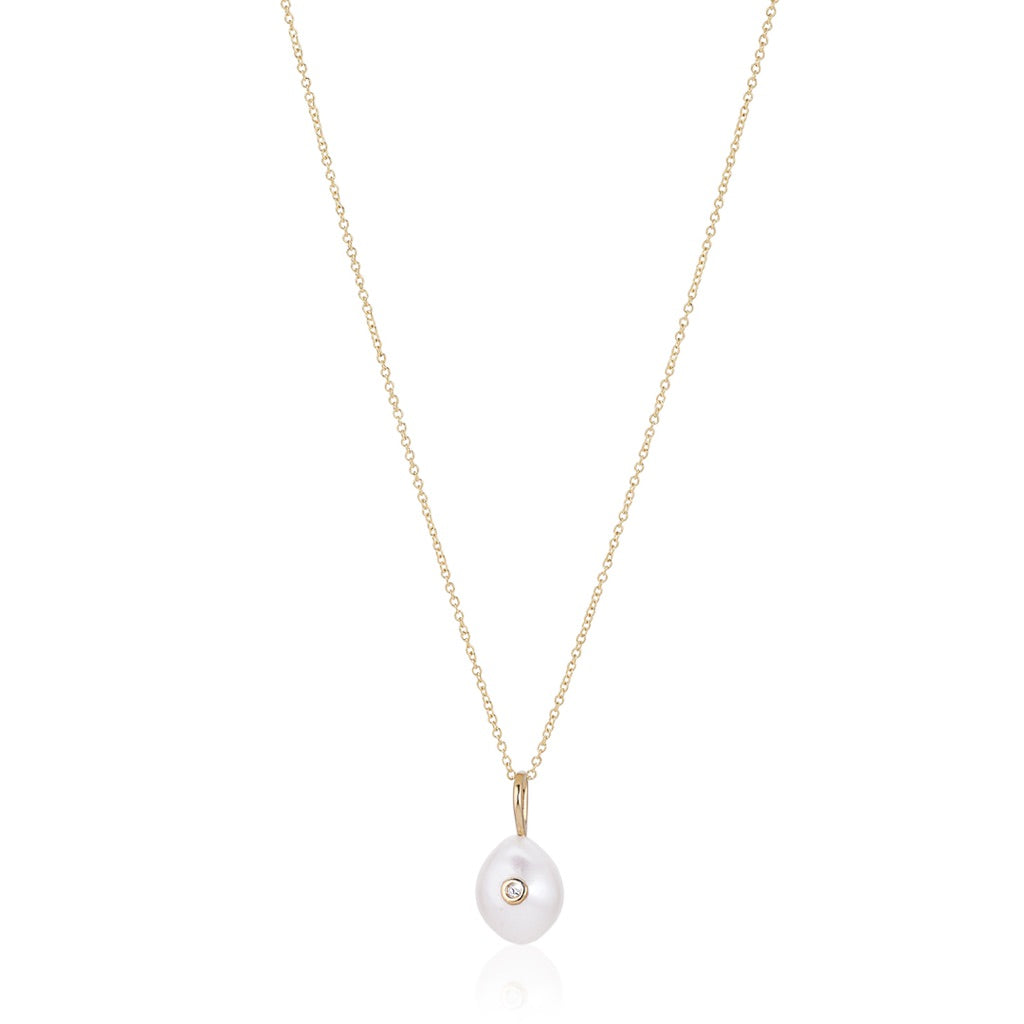 OYSTER, Storm Necklace, white pendant, gold