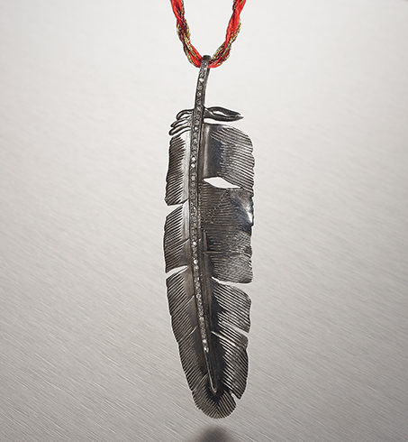 EAGLE ROCK, Large Feather Necklace
