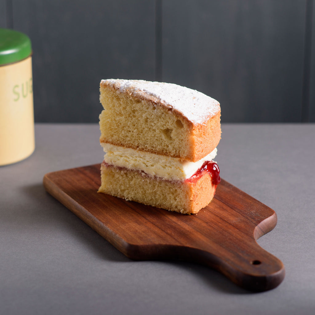 Victoria Sponge with Raspberry Jam and Vanilla Buttercream