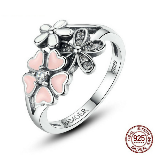 Sterling Silver Enamel Daisy Ring