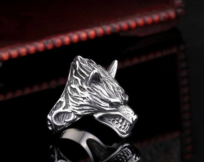 Game of Thrones Stark Dire Wolf Ring