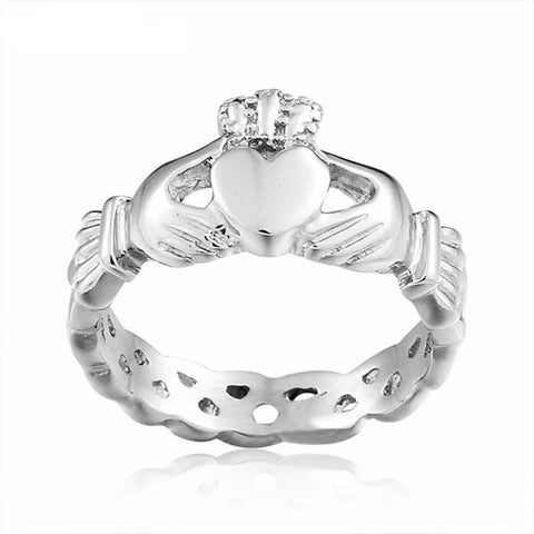 Hand Love Heart Crown Ring
