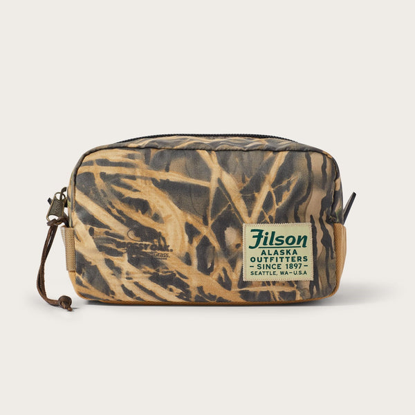 20102985 Filson x Mossy Oak Camo Ballistic Nylon Travel Pack