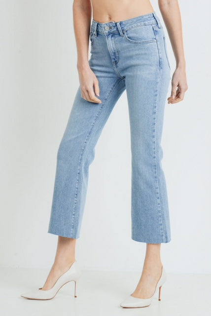 Scissor Cut Crop Flare Jeans<br>Just Black