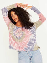 scoop neck l/s tie dye