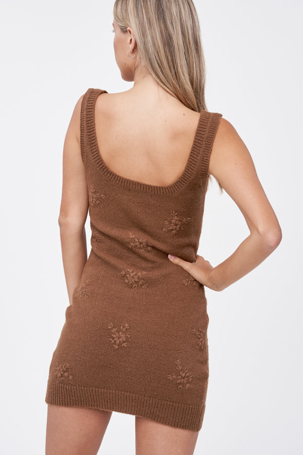Embroidery Sleeveless Sweater Dress