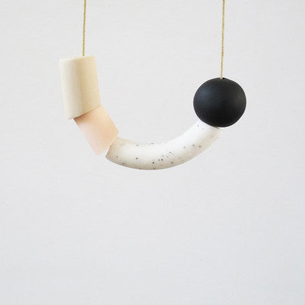 ASYMETRIC NECKLACE