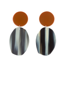GEOLOGY EARRINGS IN TANGELO CHROME