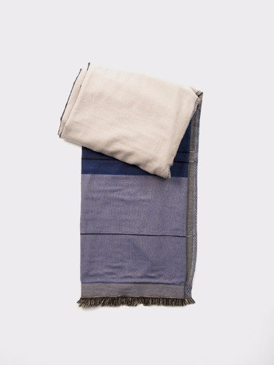 BLUE COLOR BLOCK THROW
