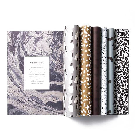 PATTERNED GIFT WRAPPING BOOK