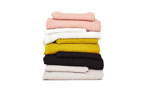 SIMPLE WAFFLE BATH TOWEL - BLACK