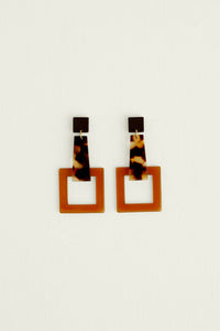 GIRAFE EARRINGS BROWN