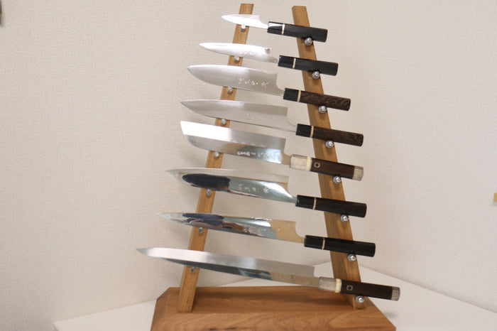 Chestnut Wood Knife Tower Rack for 8 Knives