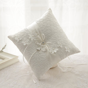 Lace Pearl Wedding Ring Pillow