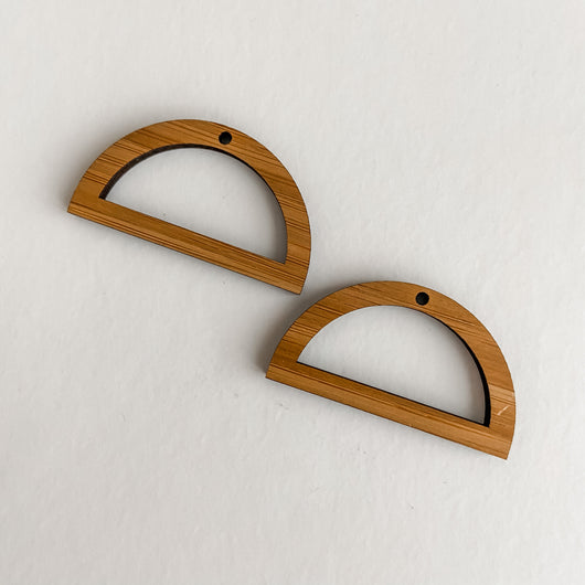 These beautiful lightweight earrings are perfect for your Macrame creations, available in several shapes and colours   Simply attach some jump rings and earring hooks and wear your creations with pride!  Made in Australia from Bamboo, Oak or Walnut veneer   Dimensions: 4cm x 4cm  Thickness: 3mm approx  Hole: 2mm (we recommend a 8mm jump ring or bigger for these)   Price is for 1 set of 2 shapes.  Sets come as are, earring findings of your choice (i.e. jump rings and hooks) not included.