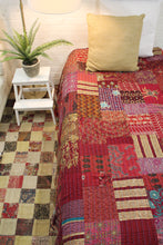 Load image into Gallery viewer, Twin/Double Silk Patchwork Kantha