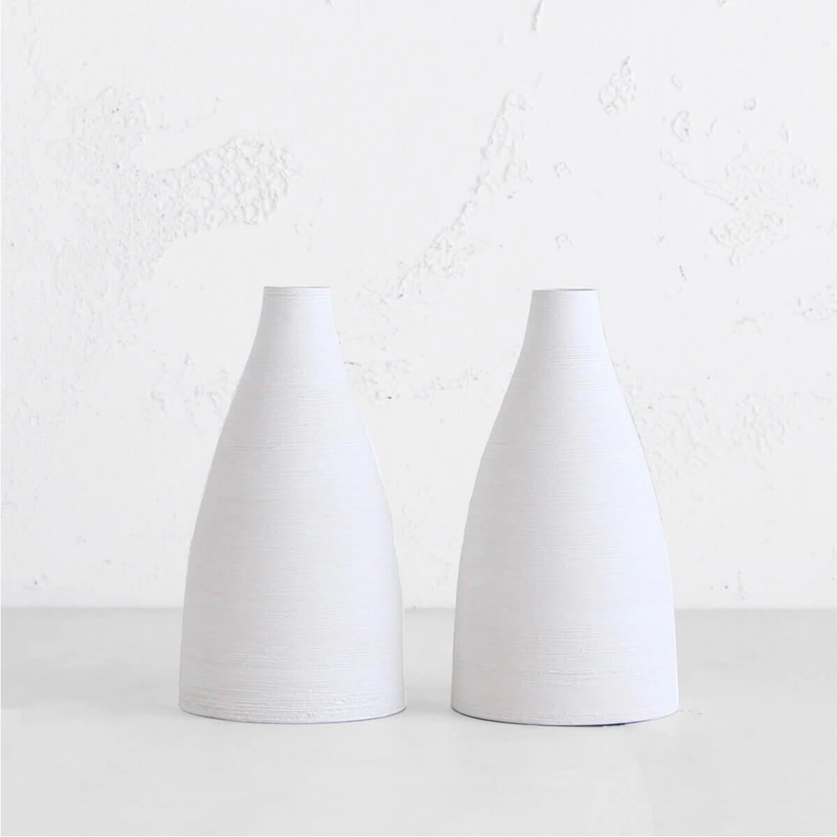 AKI WHITE CERAMIC VASE | PORCELAIN VASE | HOME DECOR