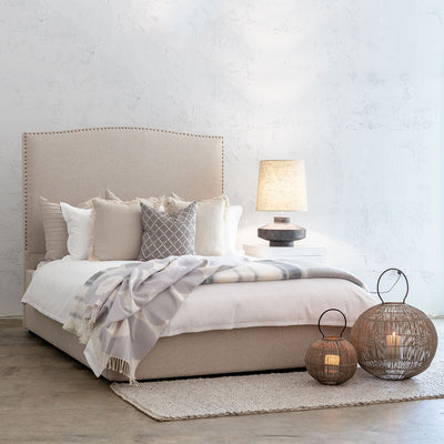 AVALON BED WITH STUDDED CURVE FRAME   |  NATURAL LINEN  |  QUEEN SIZE