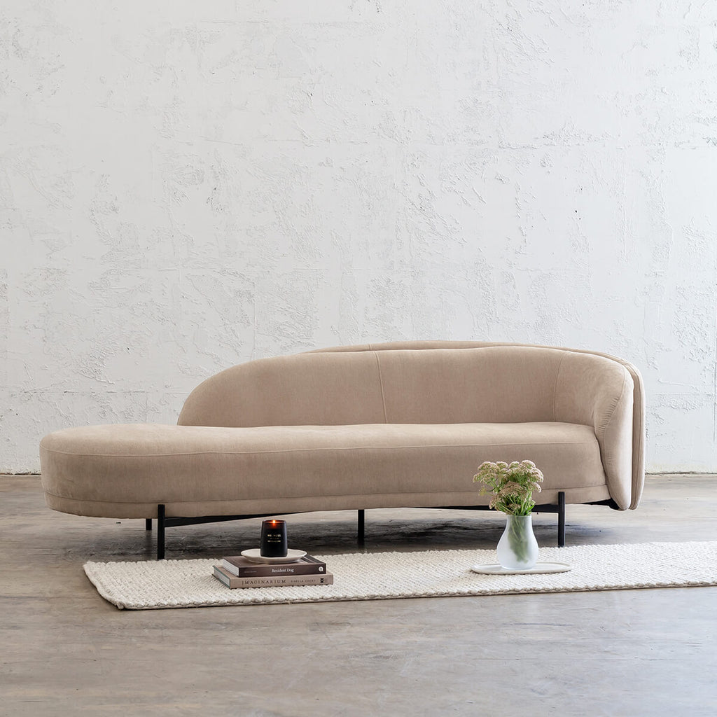 CARSON CURVE DAYBED SOFA | DESERT SAND | LOUNGE FURNITURE