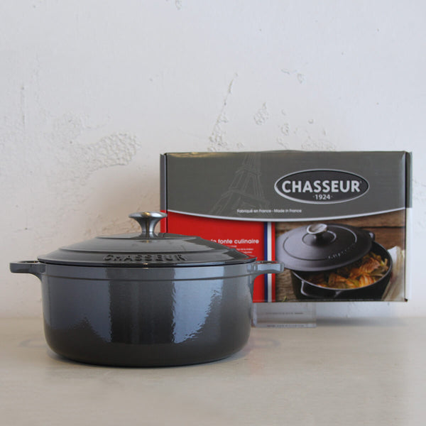 CHASSEUR  |  ROUND FRENCH OVEN  |  CAVIAR GREY  |  28CM  |  6.1L