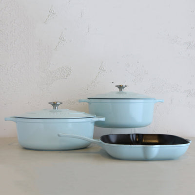 CHASSEUR  |  ROASTING PAN  |  DUCK EGG BLUE  |   FRENCH ENAMEL COOKWARE