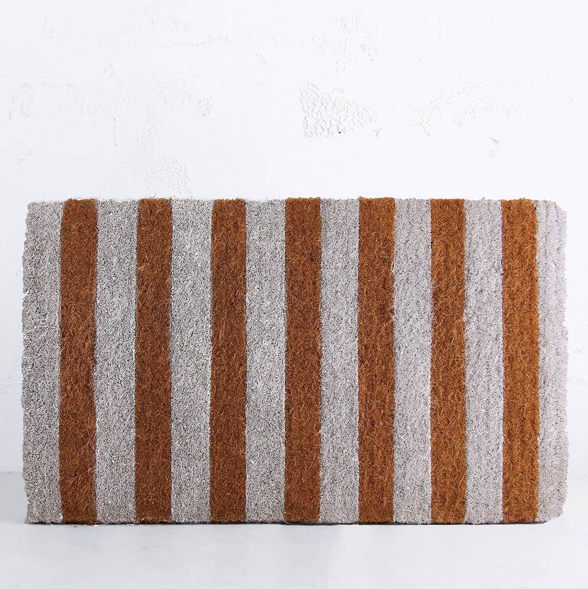 WHITE AND NATURAL STRIPE DOOR MAT