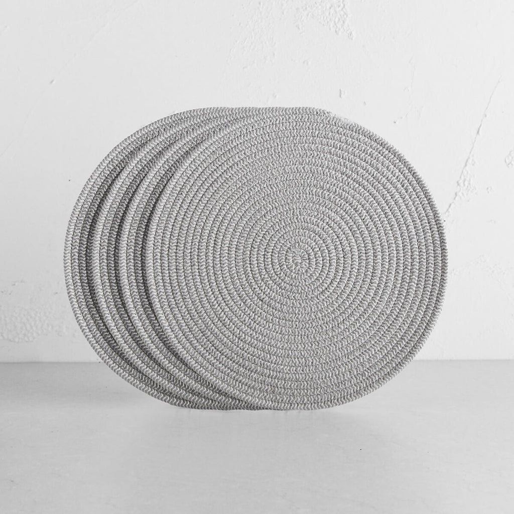 DEMI COTTON ROUND PLACEMAT  |  GREY + WHITE  |  SET OF 4