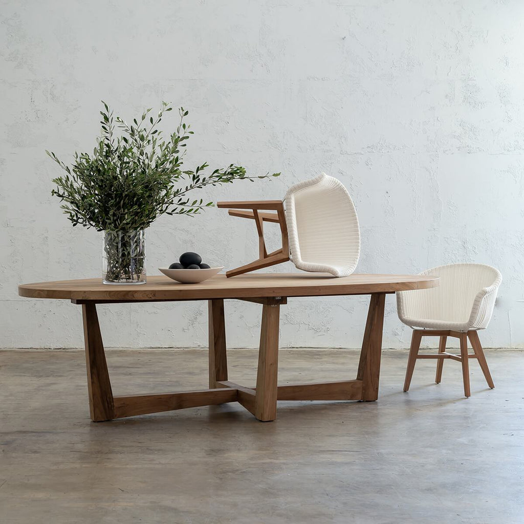 FLORENCE RECLAIMED TEAK OVAL DINING TABLE  |  OUTDOOR TIMBER FURNITURE  |  TIMBER DINING TABLE