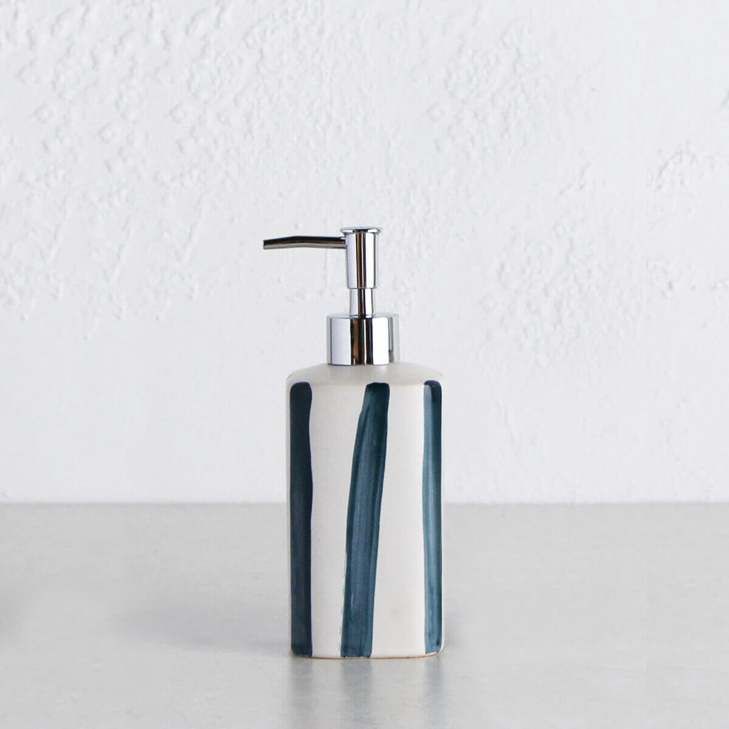HASTINGS SOAP DISPENSER | 500ML | WHITE + NAVY