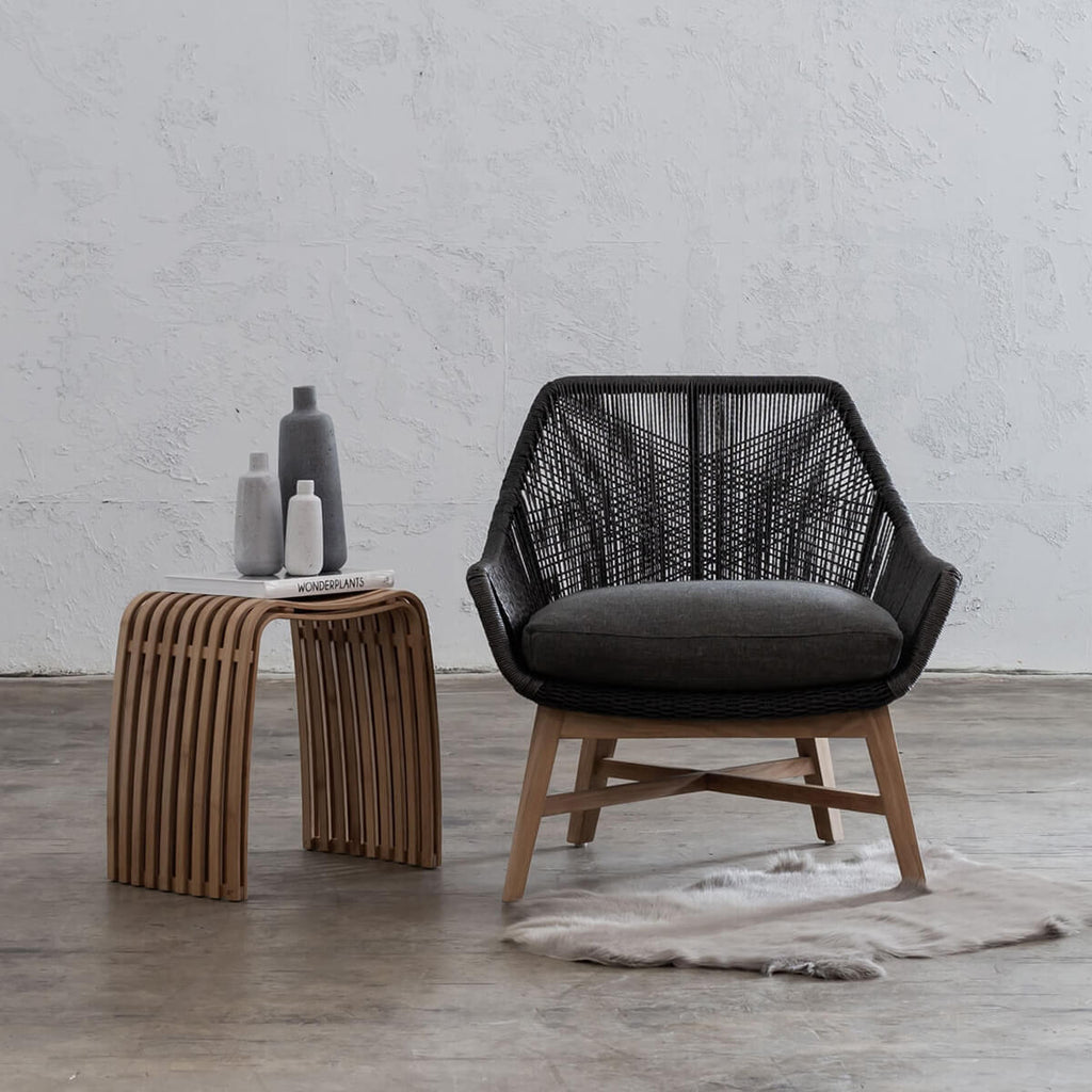 INIZIA WOVEN RATTAN OUTDOOR LOUNGE CHAIR  |  MONUMENT BLACK  |  HAMPTONS MODERN RATTAN LOUNGE CHAIR