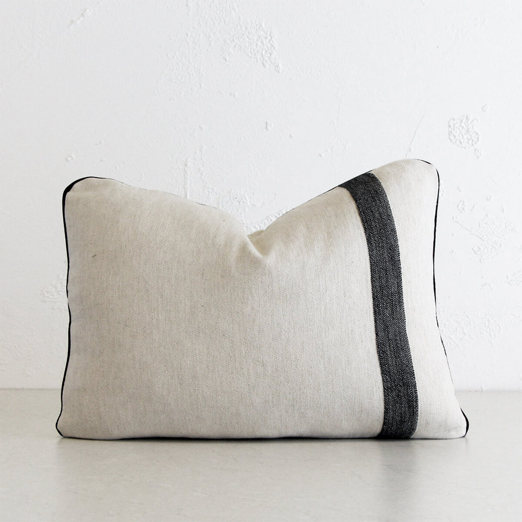 KADIR LINEN CUSHION | 40 x 60cm | NATURAL