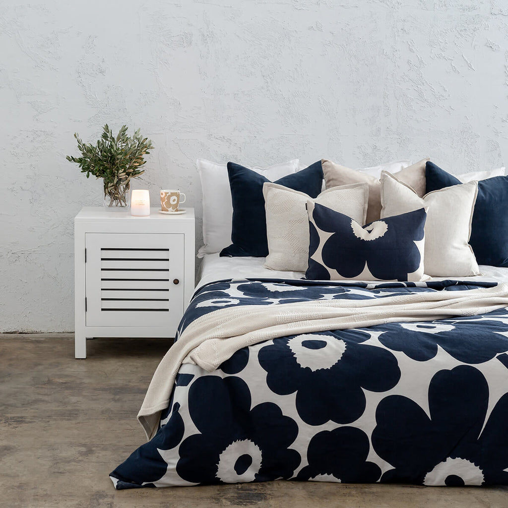 MARIMEKKO BED BUNDLE | UNIKKO DUVET QUILT COVER + 2 PILLOWCASES | NAVY BLUE + BEIGE