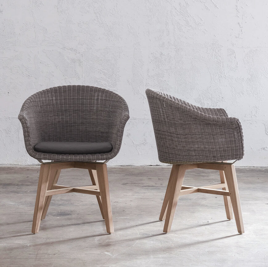 LECCO HAMPTON INSPIRED RATTAN WOVEN WAVE ARM CHAIR  |  LIGHT GREY WICKER