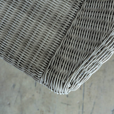 LECCO HAMTPON INSPIRED RATTAN WOVEN WAVE ARM CHAIR  |  LIGHT GREY WICKER