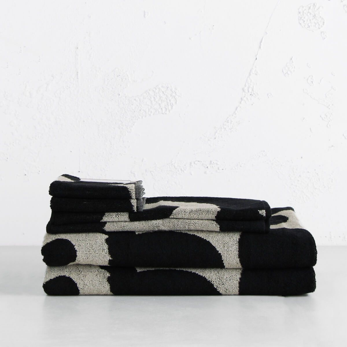 MARIMEKKO BATHROOM TOWELS  |  UNIKKO POPPY  |  SCANDI BATH TOWELS