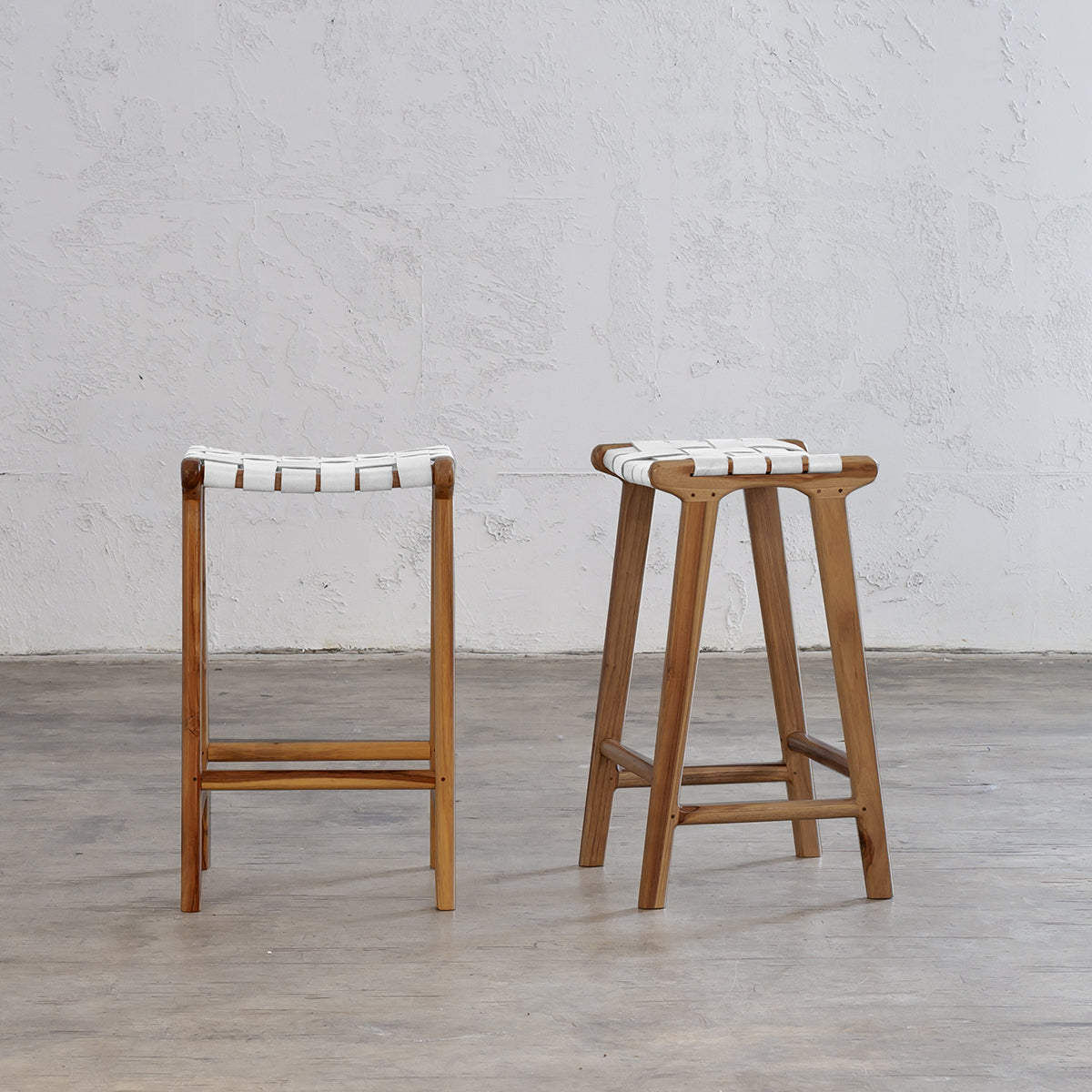 MALAND WOVEN LEATHER BAR STOOL  |  WHITE LEATHER HIDE